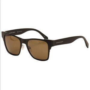 Host pick!✨ALEXANDER MCQUEEN  Sunglasses
